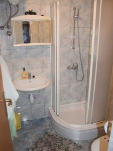 Apartman1-BATHROOM