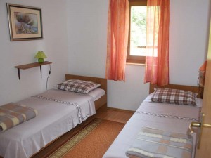Apartman3-SMALL-BEDROOM